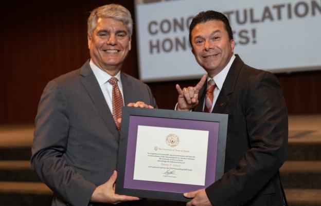 President Fenves awards Ramon Gomez with President's Staff Award